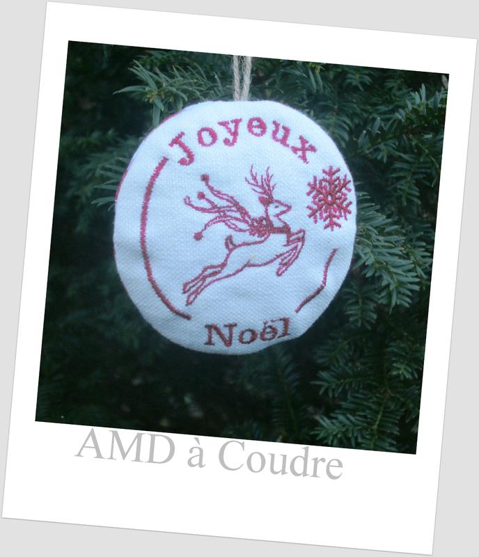 boule de noel renne joyeux amd a coudre (1)