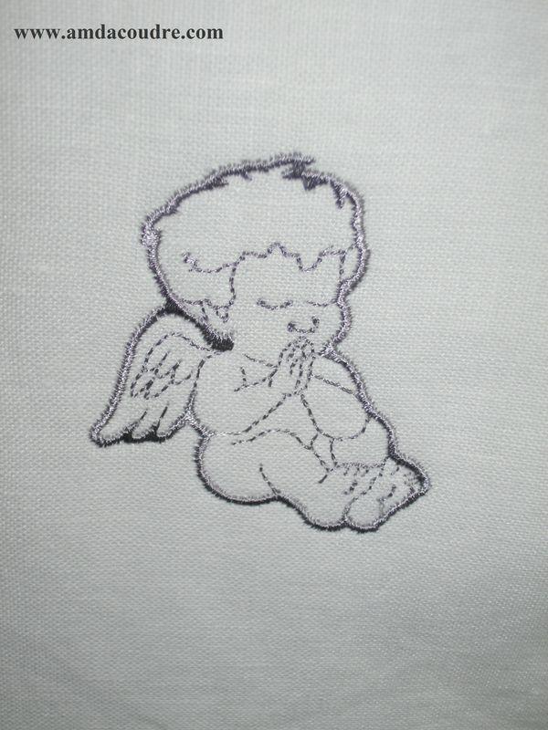 ETOLE DE BAPTEME petit ange, amd a coudre