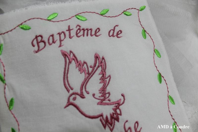 MOUCHOIR DE BAPTEME LIN MELANGE BOUBLURE EPONGE PERSONNALISATION PAR AMD A COUDRE MOTIF COLOMBE (15)