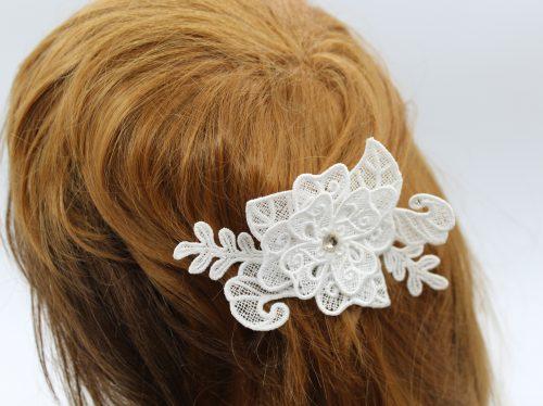 peigne cheveux dentelle blanche et cristal de Swarovski